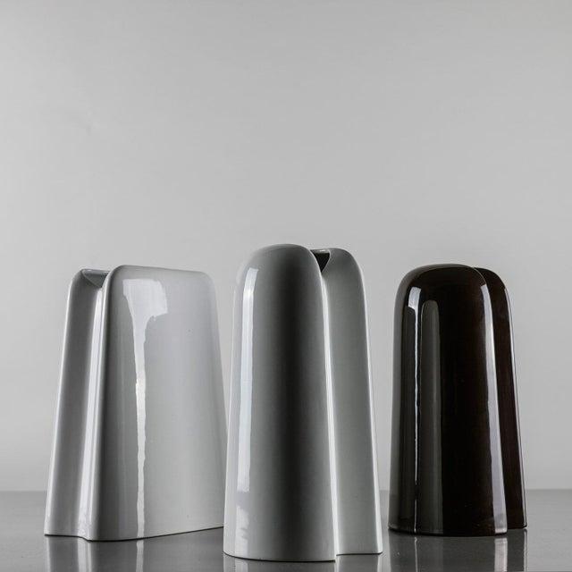 Modern Set of Three Ceramic Vases by Ambrogio Pozzi For Sale - Image 3 of 7