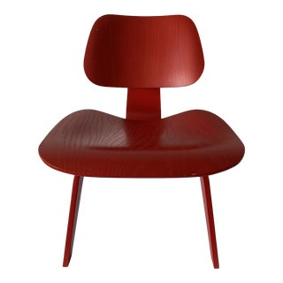 Late 20th Century Eames Lcw Bentwood Lounge Chair in Red Stain For Sale