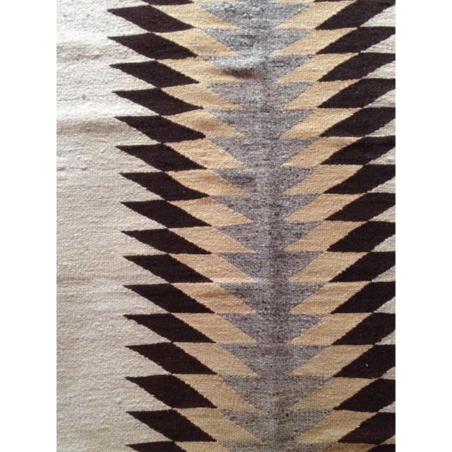 """Vintage Navajo Rug - 3'1"""" x 5'2"""" - Image 5 of 6"""