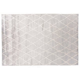Stark Studio Rugs Contemporary Roselle Silk Rug - 5′10″ × 8′10″ For Sale