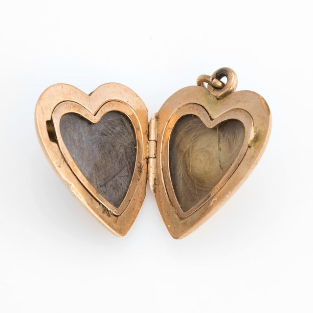 Traditional Antique Victorian Heart Locket C1899 Pendant 14k Rose Gold Hair Jewelry Initials For Sale - Image 3 of 5