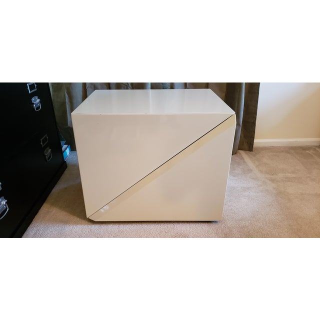 White Rougier Cream Colored Lacquered End Tables - A Pair For Sale - Image 8 of 12