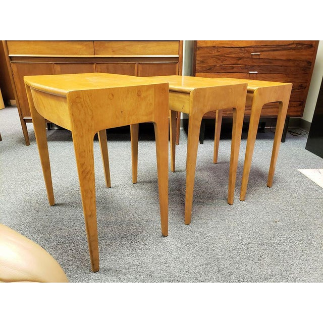 1960s Mid-Century Heywood Wakefield Nesting Tables - Set of 3 For Sale - Image 9 of 13