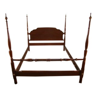 1980s Traditional Hitchcock Solid Cherry Queen Size Poster Bedframe For Sale