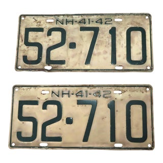 Original 1941-1942 New Hampshire Automobile License Plates a Pair For Sale