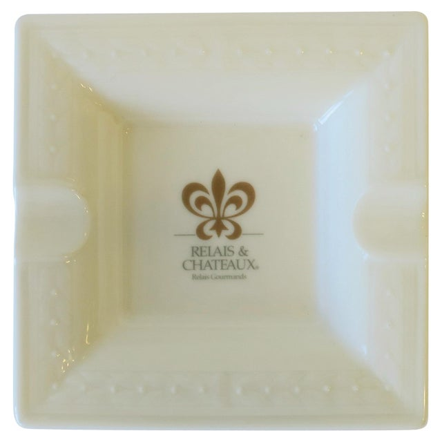 White French White and Gold Porcelain Dish or Ashtray For Sale - Image 8 of 8