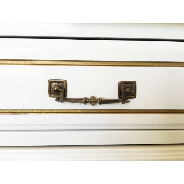 Pair Lacquered French Regency Bachelor Nightstands For Sale In Dallas - Image 6 of 10
