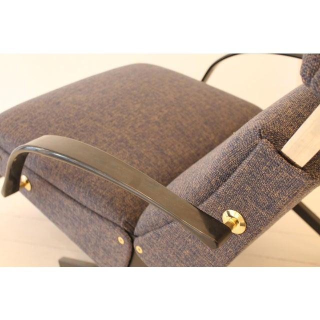 Lounge Chair P40 by Osvaldo Borsani for Tecno For Sale - Image 6 of 7