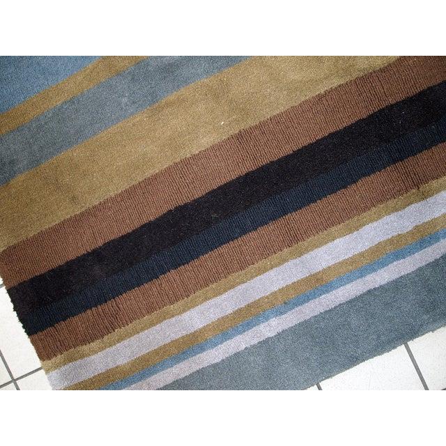 1980s handmade vintage Indian Modern rug 5.6' x 7.9' For Sale - Image 5 of 10