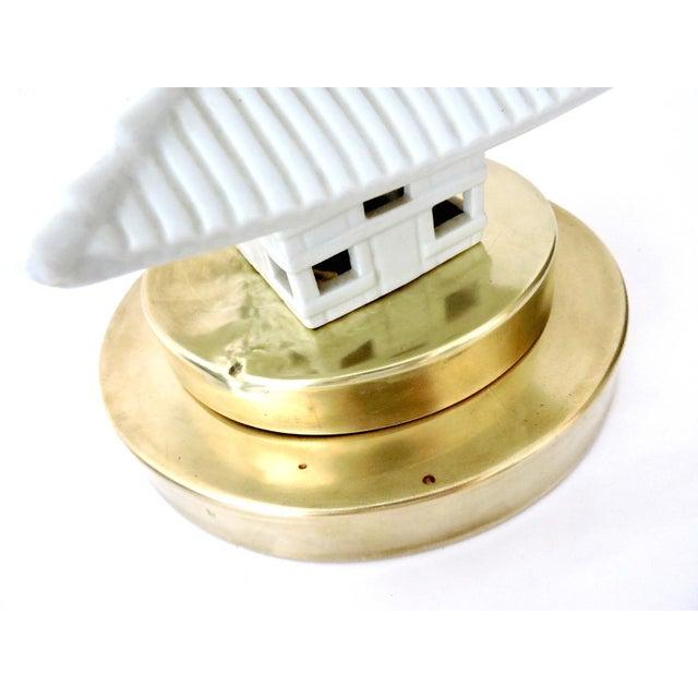 Blanc De Chine Oriental Pagoda Table Lamp - Image 5 of 6