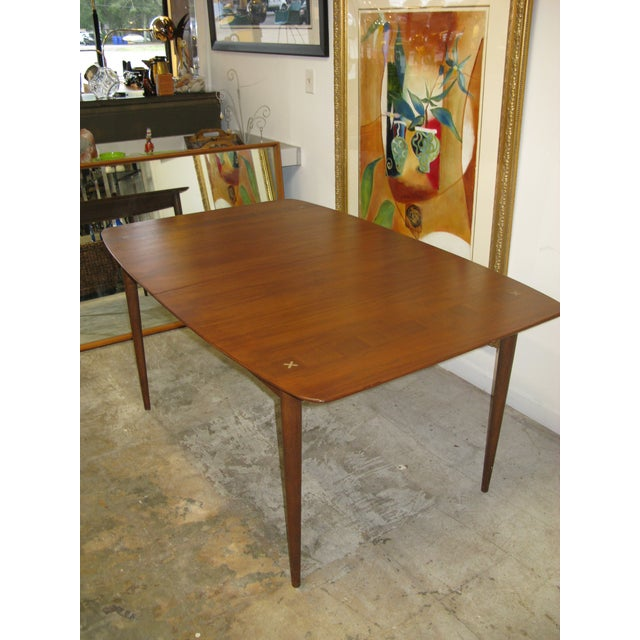 American Mid Century American of Martinsville Walnut Dining Table For Sale - Image 3 of 10