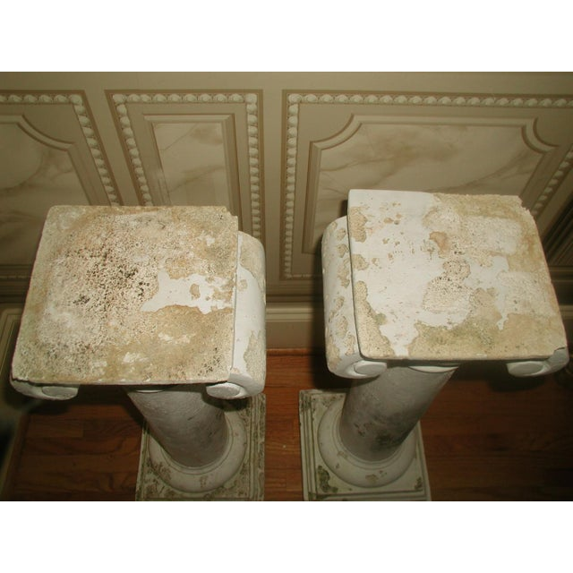 1950s 1950s Neoclassical Plaster Architectural Garden Columns - a Pair For Sale - Image 5 of 8