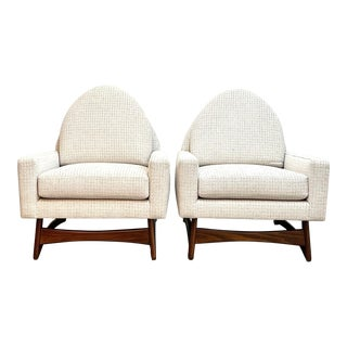 "Mid Century Modern Club Chairs From the Kroehler ""American Leisure Collection "" For Sale"