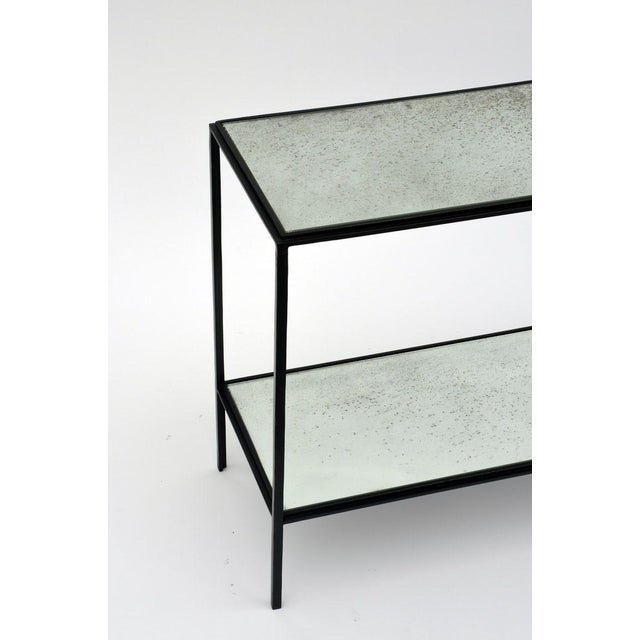 Glass The 'Rectiligne' Narrow Mirrored End Table For Sale - Image 7 of 8