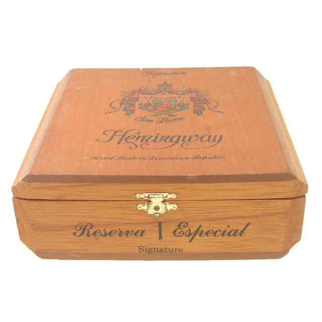 Hollywood Regency Hemingway Mahogany Cigar Box For Sale - Image 3 of 5