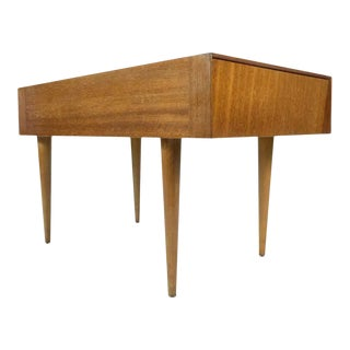 John Keal for Brown-Saltman Mahogany Lamp Table, 1950s For Sale