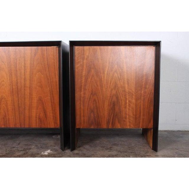 Large Cabinet by T.H. Robsjohn-Gibbings - Image 8 of 10