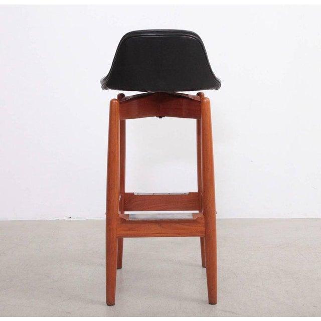 Mid-Century Modern Pair of Arne Vodder Teak Bar Stools for Sibast Furniture For Sale - Image 3 of 9