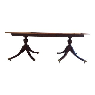 Baker Mid-Century Historic Charleston Collection Mahogany Wood Dining Table For Sale