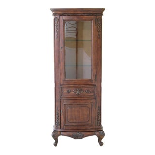 French Style 1 Door Bowed Glass Curio Vitrine Curio Cabinet For Sale