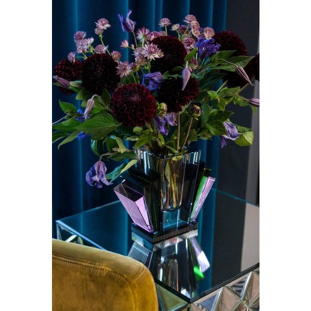 Modern Harlem Vase, Handsculpted Contemporary Crystal For Sale - Image 3 of 4