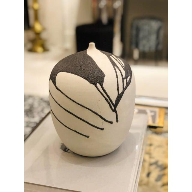White Ceramic Vase With Lava Glaze For Sale - Image 8 of 8