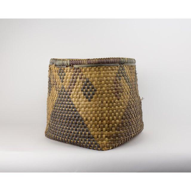 Vintage Tribal Basket For Sale In New York - Image 6 of 12