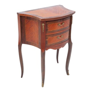 Early 20th Century French Louis XV Style Bombe Bedside Table For Sale