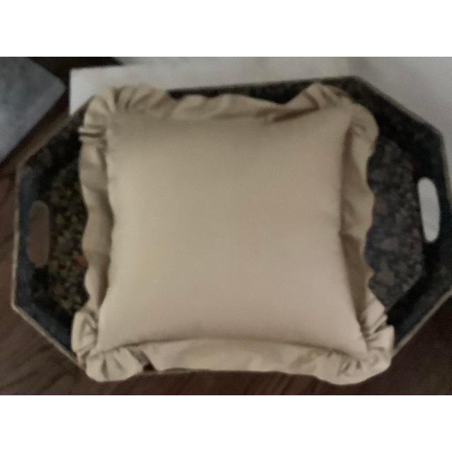 Custom Golden Silk and Taffeta Pillow For Sale - Image 4 of 7