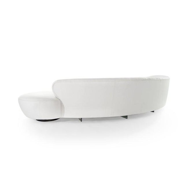 Large Scale Serpentine Sofa by Vladimir Kagan For Sale In New York - Image 6 of 13