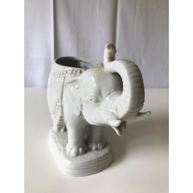 White Tasseled Elephant Planter - Image 4 of 6