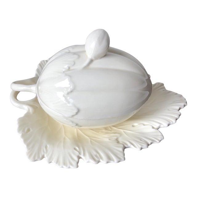Vintage Wedgwood Creamware Melon Form Tureen-Leaf Underplate For Sale