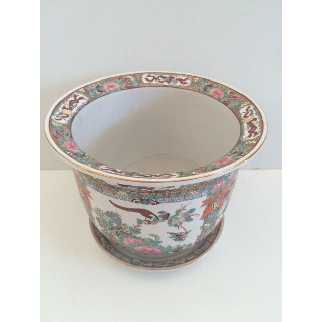 Large Rose Medallion Cachepot with amazing details. Great for double orchid painting too.