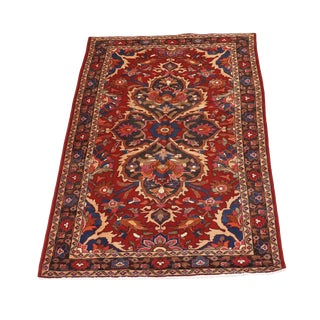 Traditional Hand-Knotted Persian Bakhtiari Wool Accent Rug For Sale