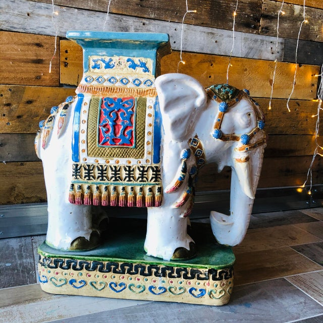 Gorgeous Mid-Century Ceramic Palm Beach Regency Elephant Set! In fantastic vintage condition! A great set to have in your...
