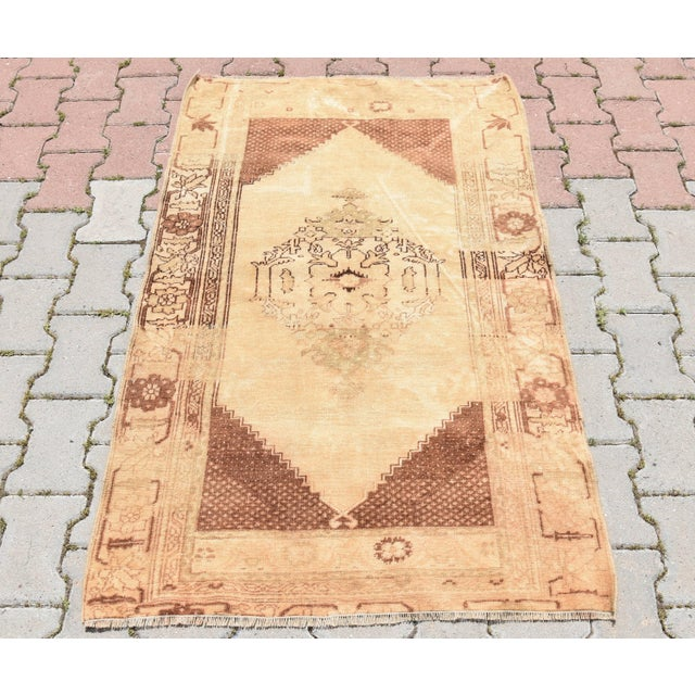 Vintage Turkish oushak hand knotted rug, small size. Size => 140 x 88 cm -//- 55 x 35 inches Color => Muted Almond...
