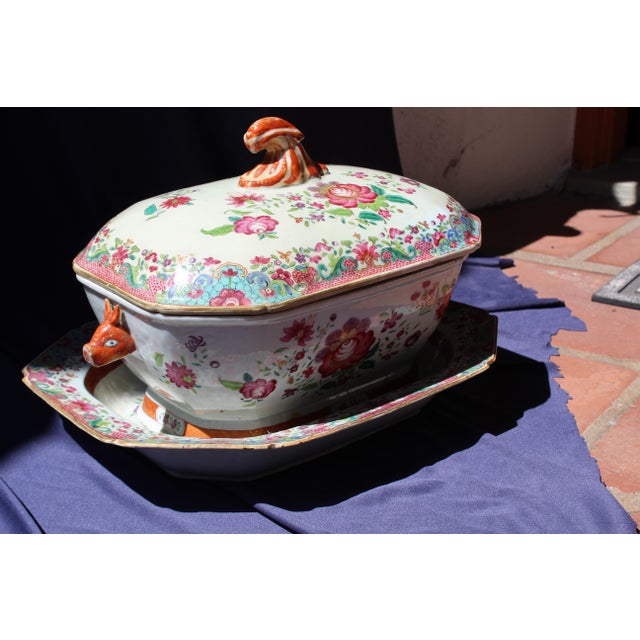 Pink 19th C. Chinese Export Tureen For Sale - Image 8 of 8