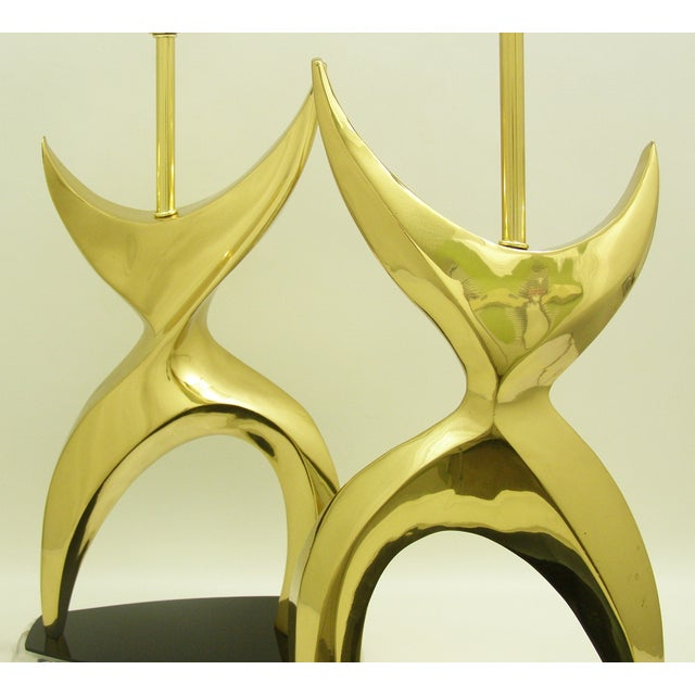 Philippe Jean Mid-Century Modern Brass Black Lucite Abstract Figural Table Lamps Inspired by Phillipe Jean MCM - a Pair Millennial For Sale - Image 4 of 11