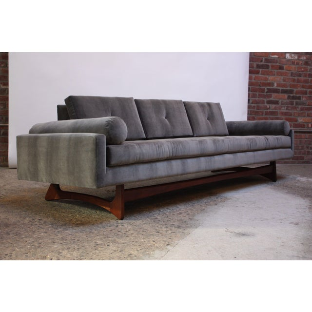 Adrian Pearsall for Craft Associates 'Gondola' Sofa in Walnut and Velvet For Sale - Image 13 of 13