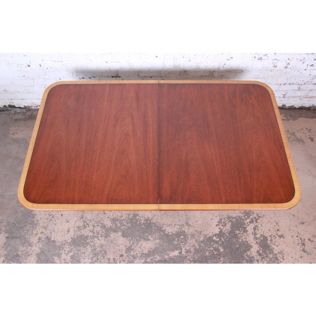 1960s Kindel Furniture Georgian Style Banded Mahogany Double Pedestal Extension Dining Table For Sale - Image 5 of 12