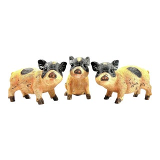 Farmhouse Spotted Pig Figurines - Set of 3 For Sale