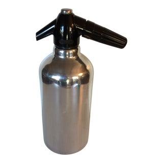 """Kidde Mfg Mid-Century Modern Rechargeable """"Soda King"""" Seltzer Bottle For Sale"""