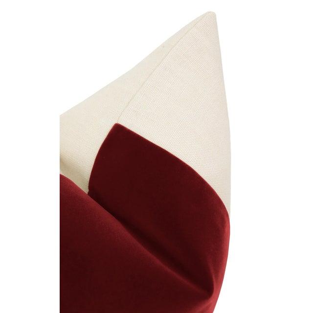 """22"""" Crimson Velvet Panel & Linen Pillows - a Pair For Sale - Image 4 of 5"""