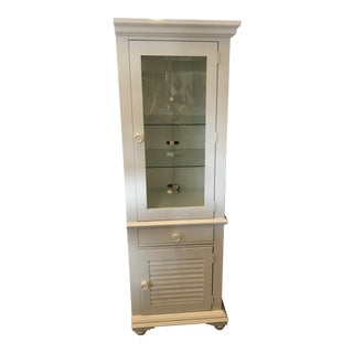 Broyhill Furniture Beach Cottage Style Cabinet For Sale