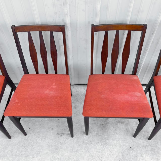 1970s Mid-Century Modern Dining Set With Five Chairs For Sale - Image 5 of 13