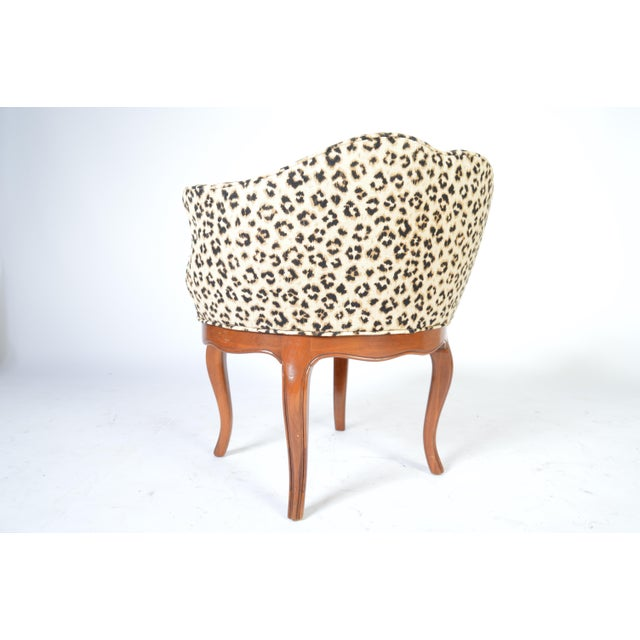 Louis XV Style French Vanity Chair Having Cheetah Upholstery For Sale - Image 4 of 5
