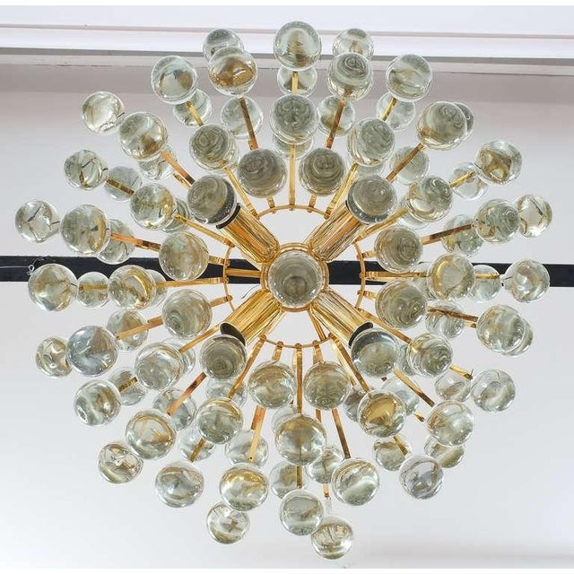 Delicate Murano Glass and gilded Brass Tear Drop Chandelier, 1970 For Sale - Image 6 of 8