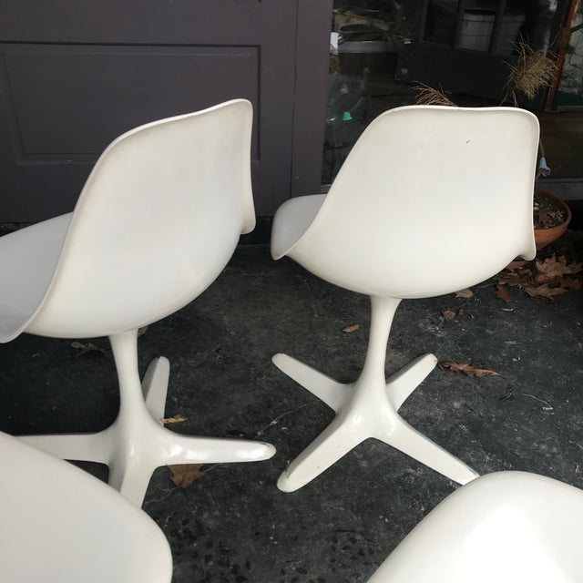 Mid-Century Modern 1960s Retro Burke White Tulip Fiberglass Chairs For Sale - Image 3 of 10