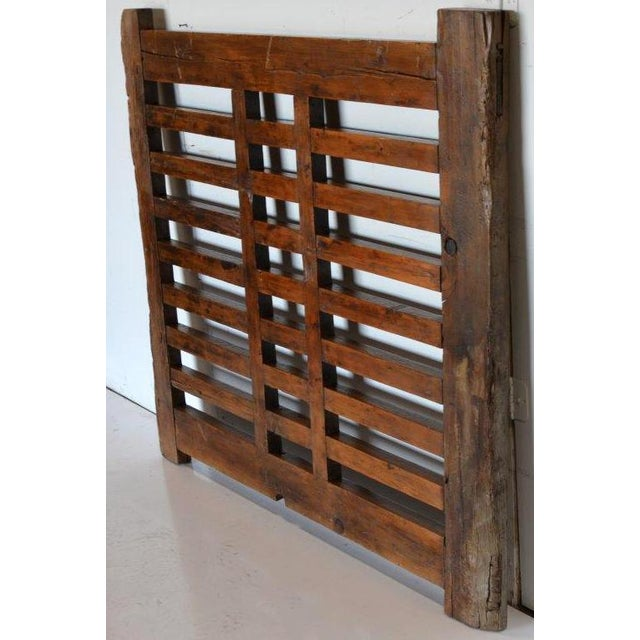 Asian 1970s Chinese Wooden Gate/Room Divider For Sale - Image 3 of 8