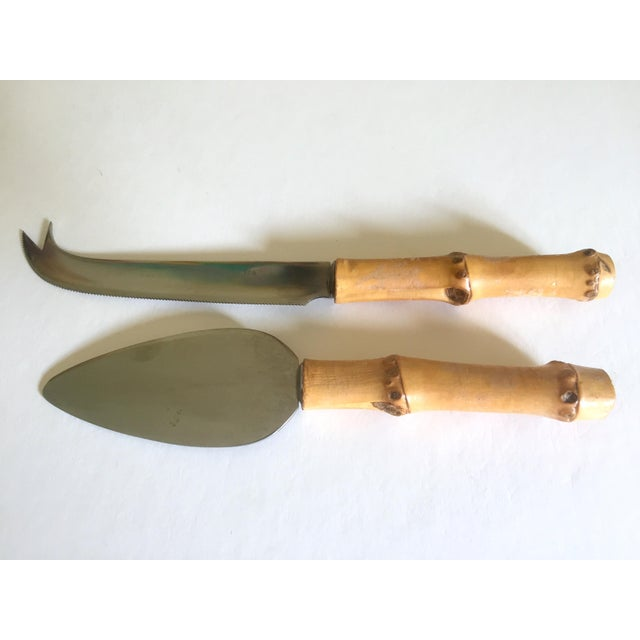 Mid 20th Century Vintage Mid Century Modern Japan Fruit / Cheese Board & Bamboo Knives - 3Pc Serving Set For Sale - Image 5 of 13